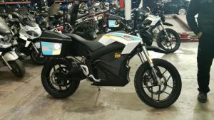 La Policía Municipal de Madrid incorpora nuevas motos eléctricas.