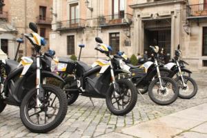Entrega de 10 motos policiales en Madrid